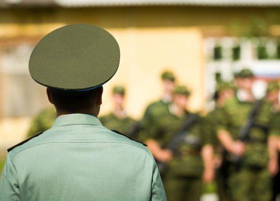 Πρόστιμο Ανυποταξίας Ανυπότακτοι εξωτερικού, Ανυπότακτοι Στρατού